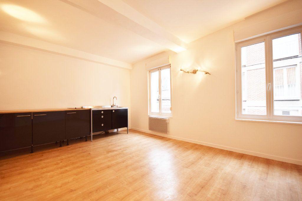 Appartement à louer 2 42.6m2 à Abbeville vignette-2