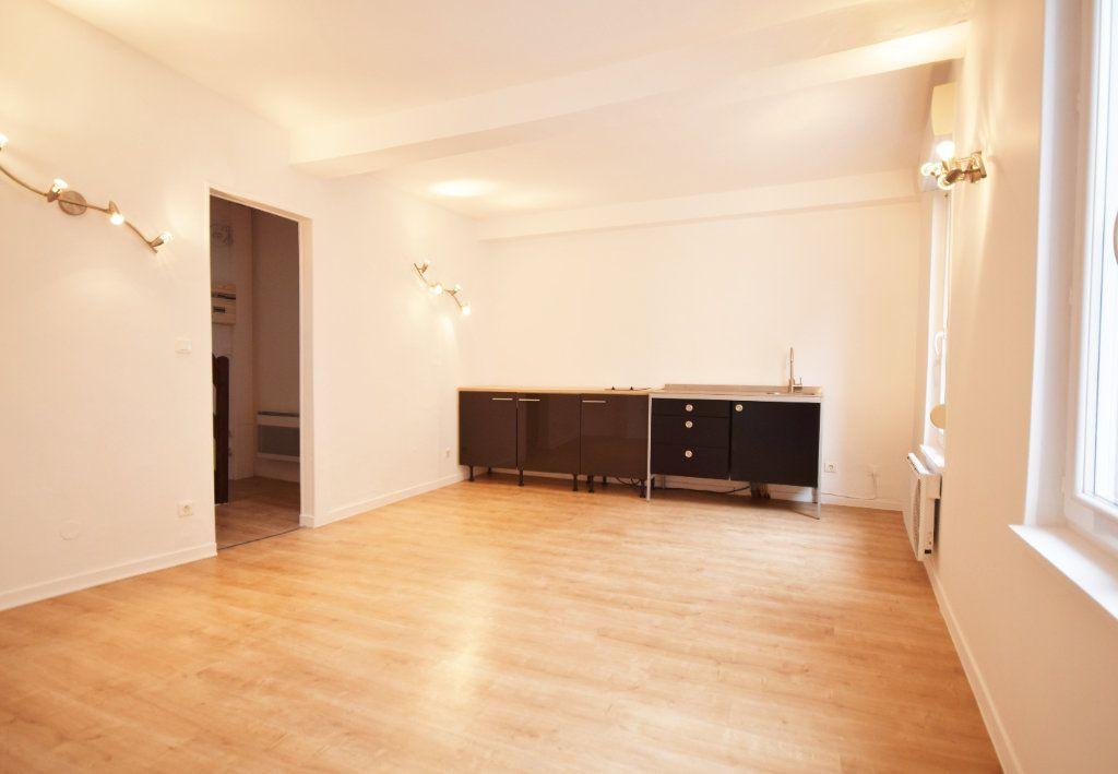Appartement à louer 2 42.6m2 à Abbeville vignette-3