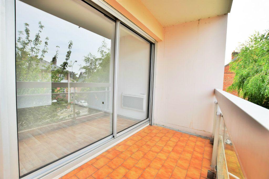 Appartement à louer 1 25.98m2 à Abbeville vignette-4