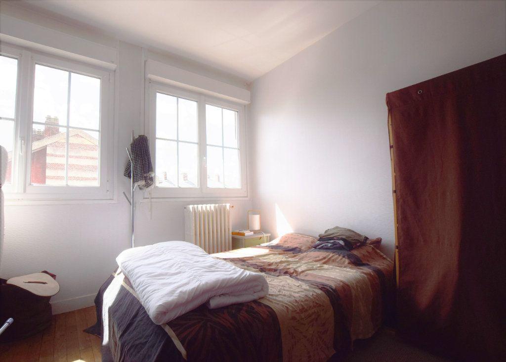 Appartement à louer 2 38.1m2 à Abbeville vignette-3