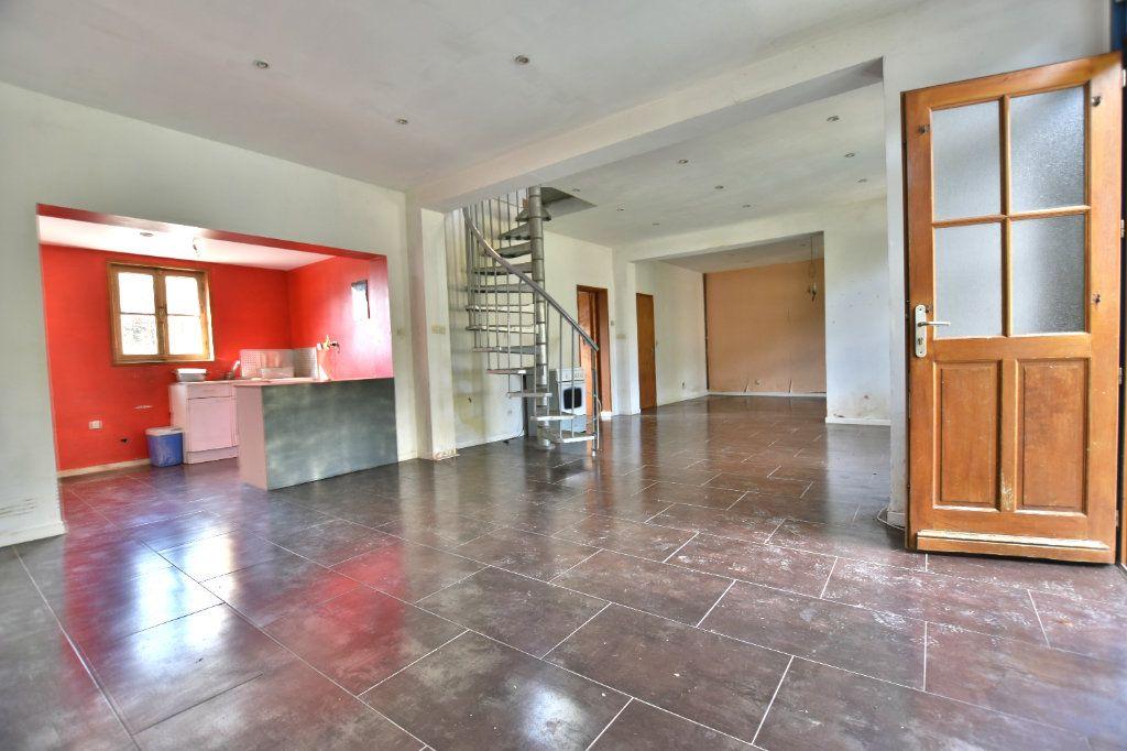 Maison à vendre 5 128.49m2 à Saint-Maxent vignette-2