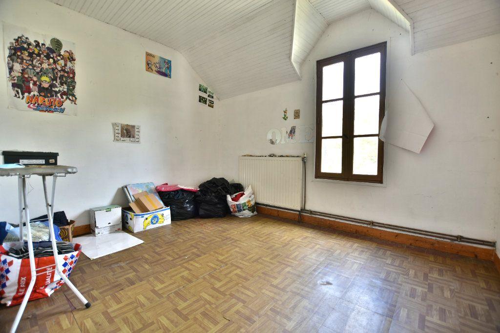 Maison à vendre 5 128.49m2 à Saint-Maxent vignette-3