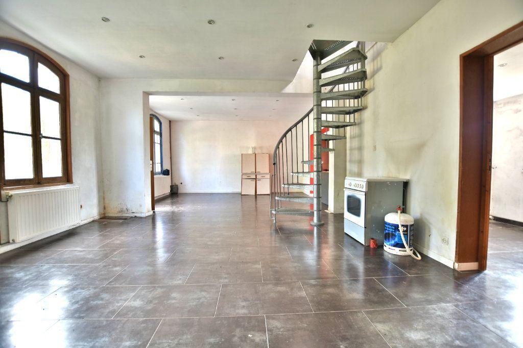 Maison à vendre 5 128.49m2 à Saint-Maxent vignette-5