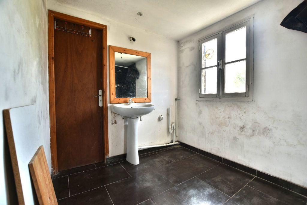 Maison à vendre 5 128.49m2 à Saint-Maxent vignette-7