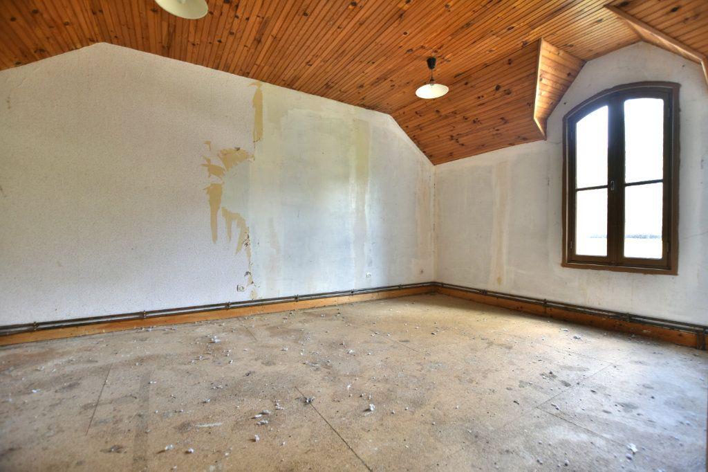 Maison à vendre 5 128.49m2 à Saint-Maxent vignette-9