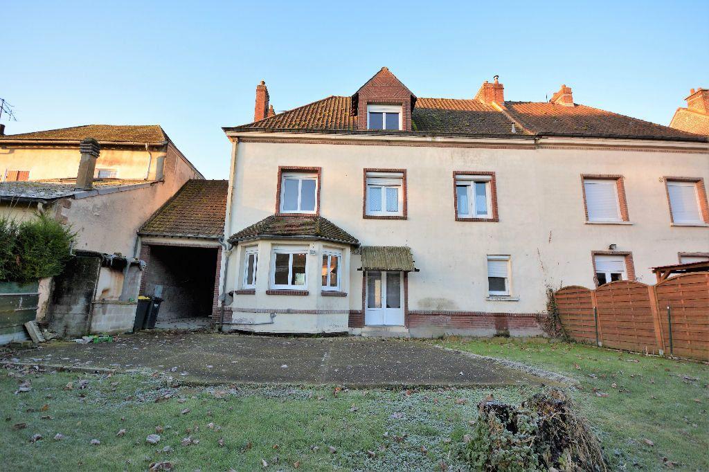 Maison à louer 6 127.49m2 à Longpré-les-Corps-Saints vignette-1
