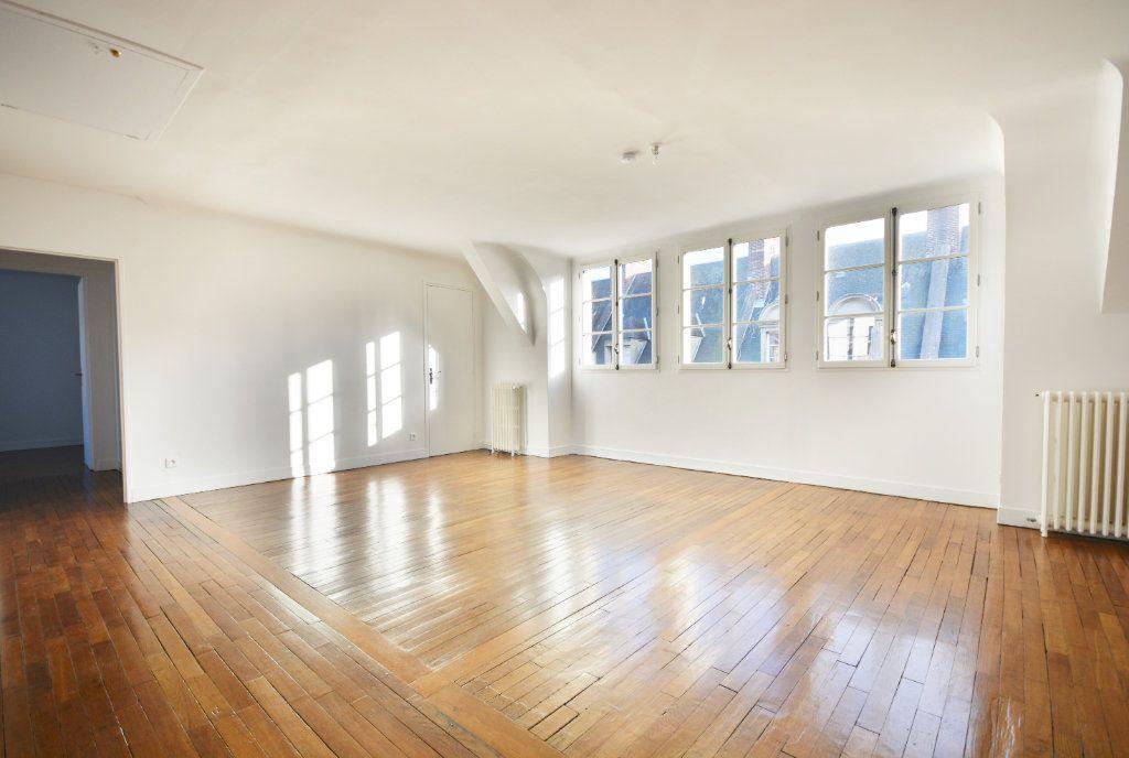 Appartement à louer 4 115.8m2 à Abbeville vignette-2