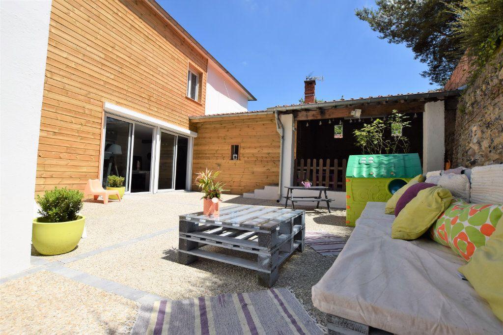 Maison à vendre 5 130m2 à Mons-Boubert vignette-1