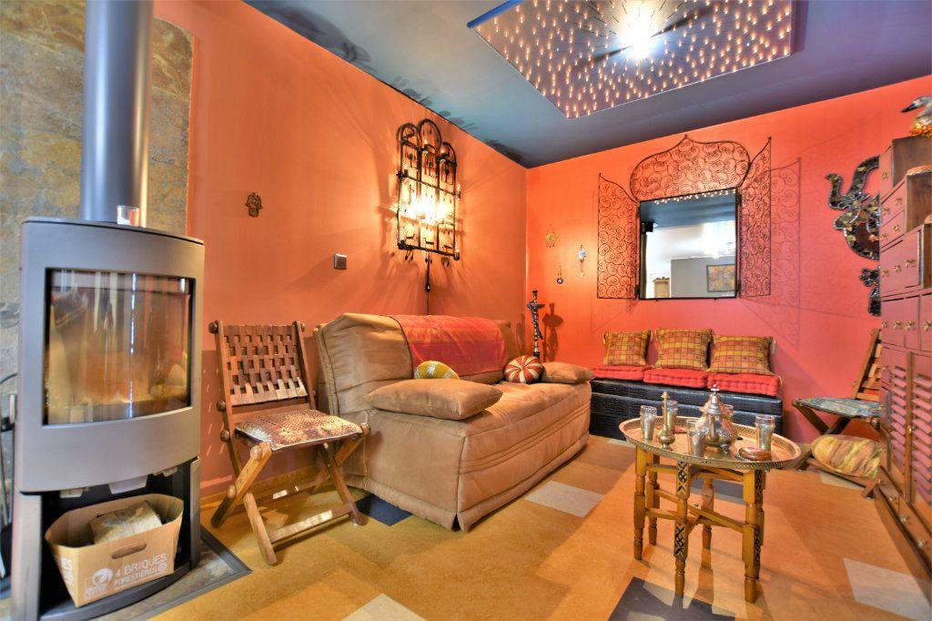 Maison à vendre 6 182m2 à Rue vignette-6