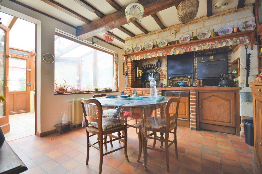 Maison à vendre 6 127.75m2 à Crécy-en-Ponthieu vignette-1