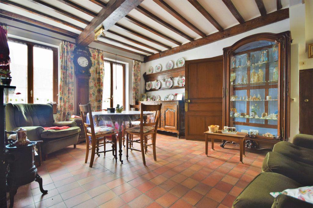 Maison à vendre 6 127.75m2 à Crécy-en-Ponthieu vignette-2