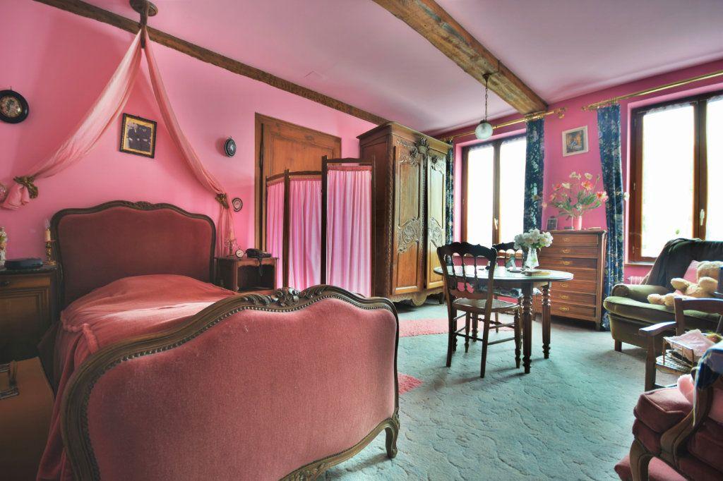 Maison à vendre 6 127.75m2 à Crécy-en-Ponthieu vignette-4