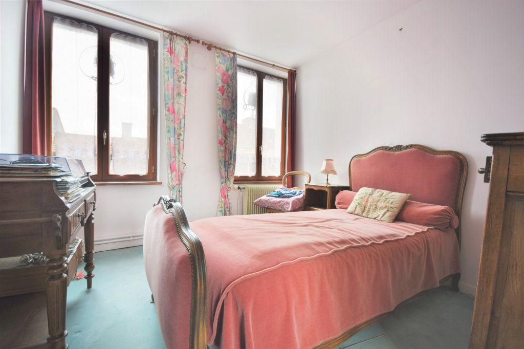 Maison à vendre 6 127.75m2 à Crécy-en-Ponthieu vignette-6