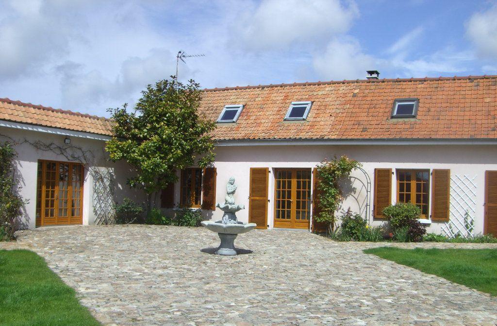 Maison à vendre 12 525.64m2 à Rue vignette-2