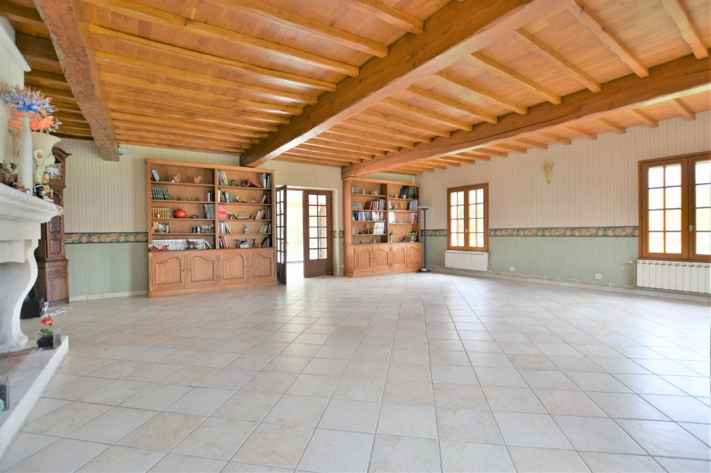 Maison à vendre 12 525.64m2 à Rue vignette-6