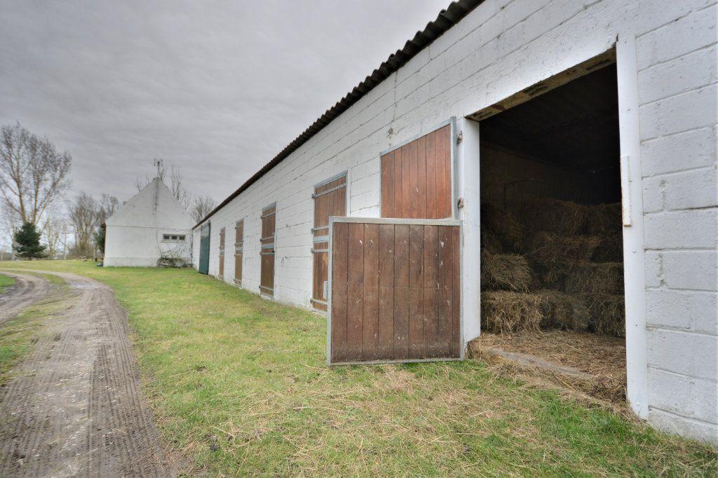 Maison à vendre 12 525.64m2 à Rue vignette-9