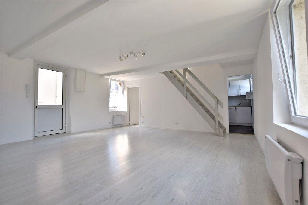Appartement à vendre 4 71m2 à Abbeville vignette-1