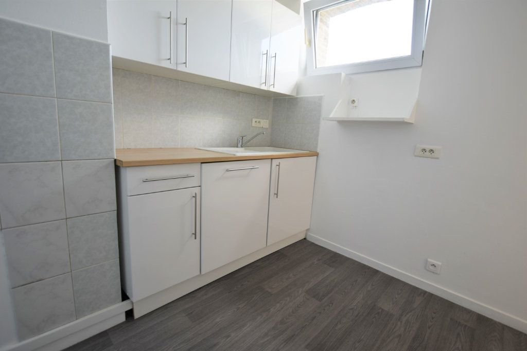 Appartement à vendre 4 71m2 à Abbeville vignette-2