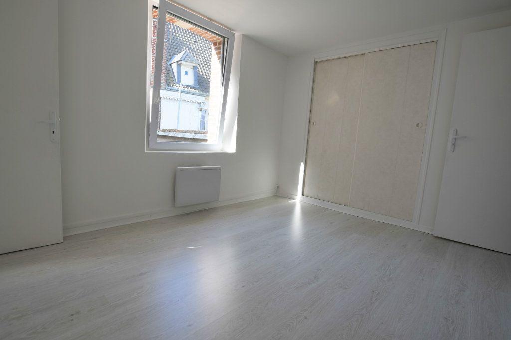 Appartement à vendre 4 71m2 à Abbeville vignette-4