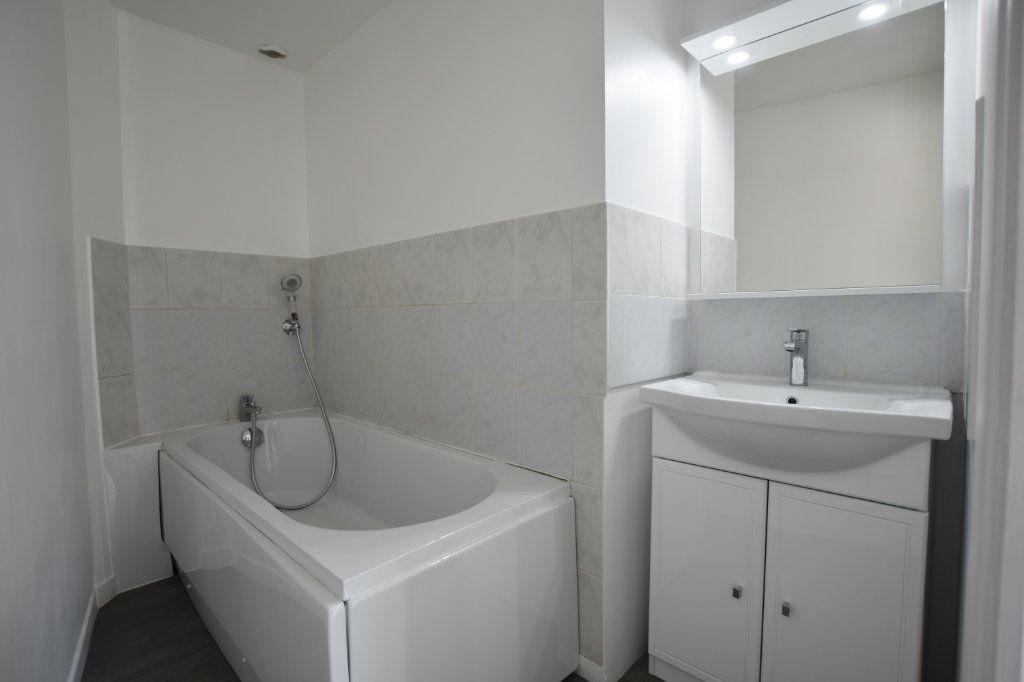 Appartement à vendre 4 71m2 à Abbeville vignette-6
