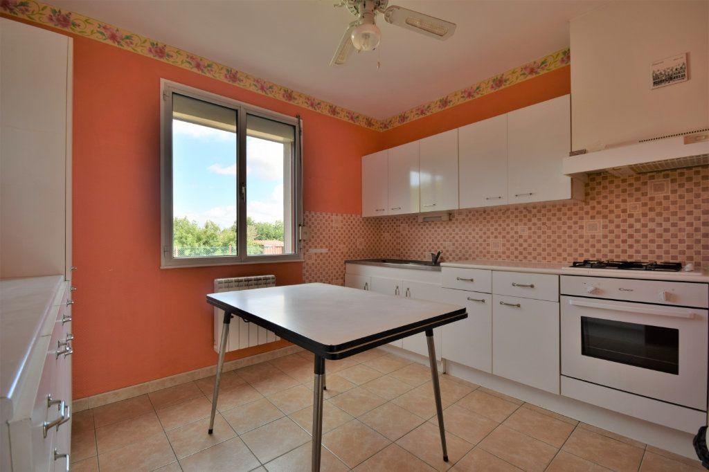 Maison à vendre 4 82m2 à Beauvois-en-Vermandois vignette-7