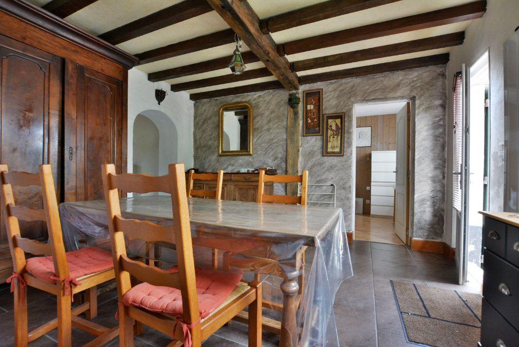 Maison à vendre 7 136.51m2 à Favières vignette-3