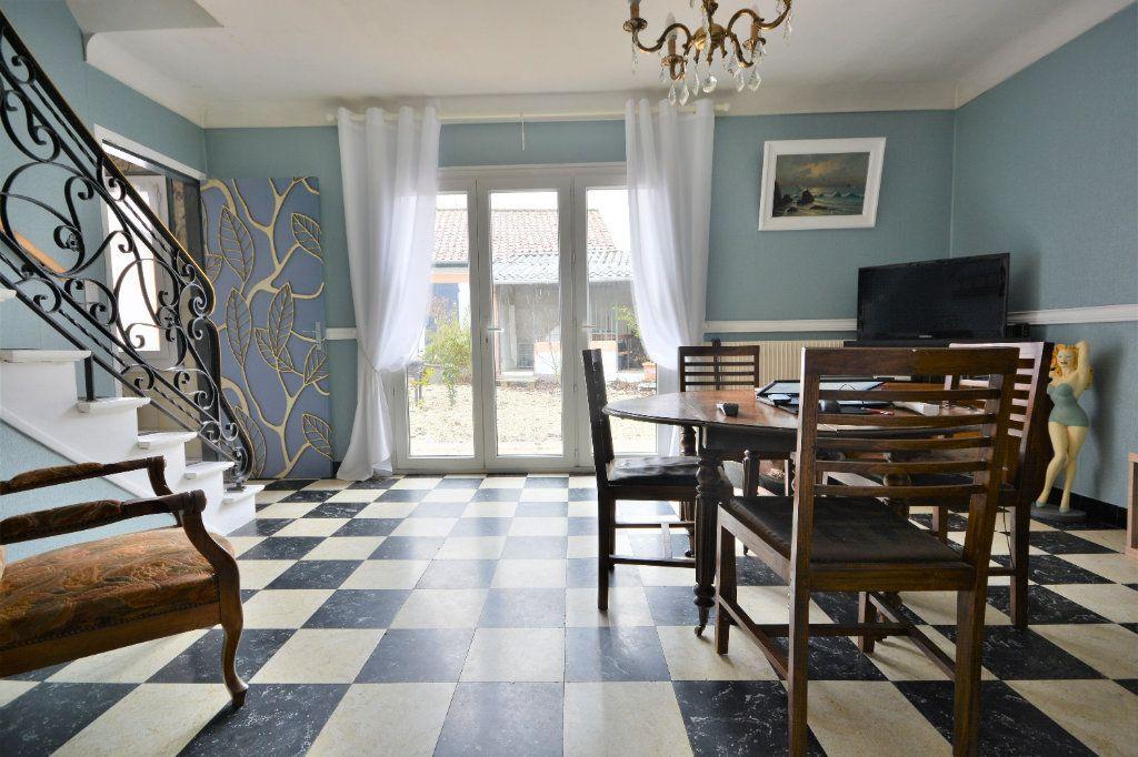 Maison à vendre 9 315m2 à Buigny-Saint-Maclou vignette-6