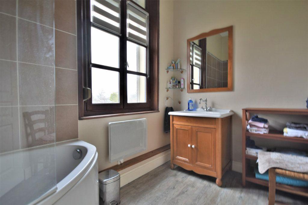 Maison à vendre 6 220m2 à Bernaville vignette-12