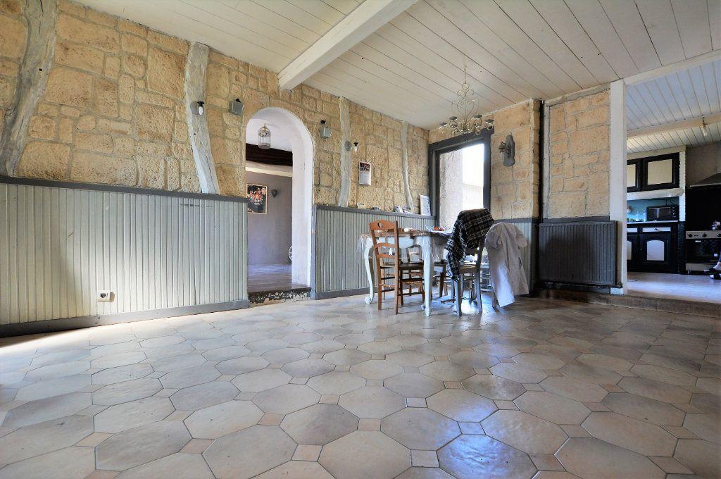 Maison à vendre 6 107m2 à Pont-Remy vignette-1