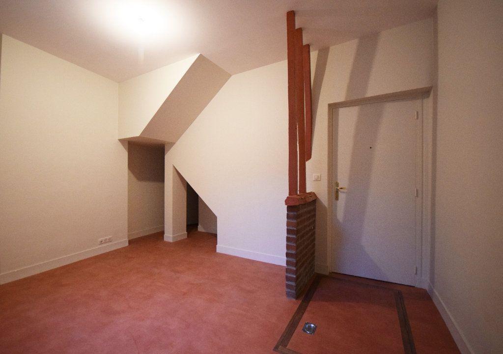 Appartement à louer 3 43.42m2 à Eu vignette-1