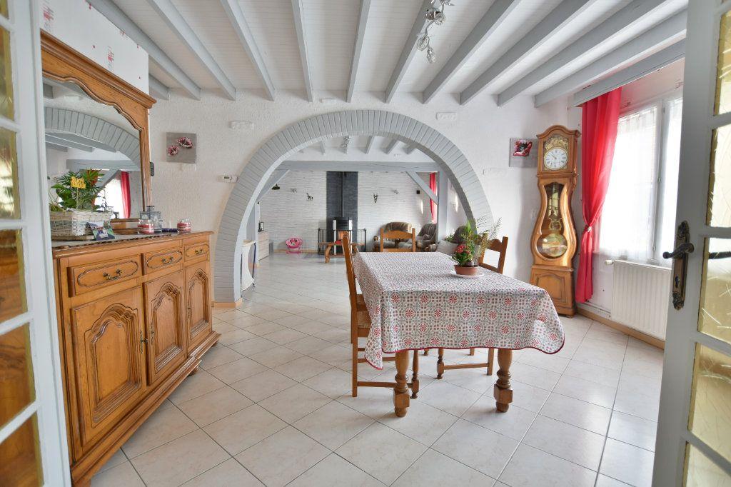 Maison à vendre 8 163m2 à Saint-Riquier vignette-1