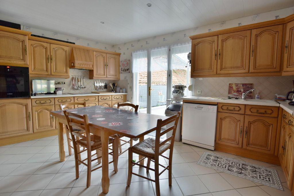 Maison à vendre 8 163m2 à Saint-Riquier vignette-3