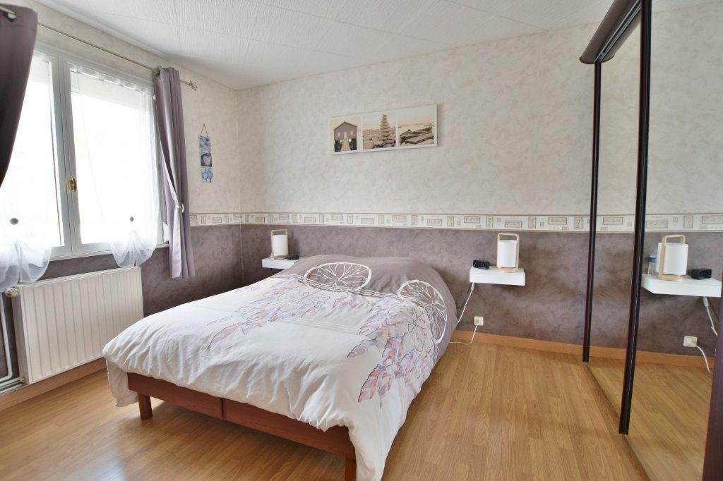 Maison à vendre 8 163m2 à Saint-Riquier vignette-6
