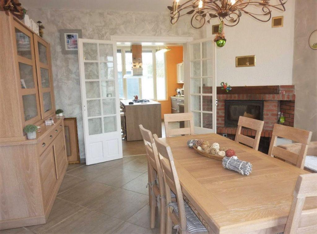 Maison à vendre 7 180.8m2 à Rue vignette-3