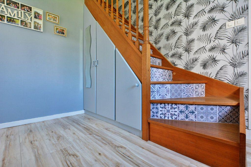 Maison à vendre 7 140m2 à Rue vignette-4