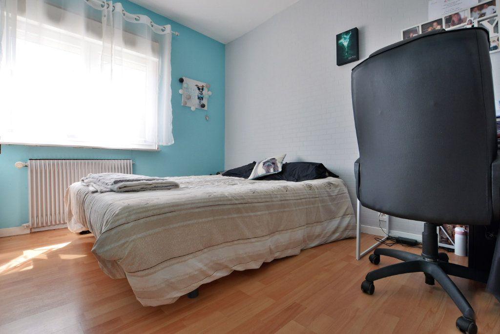 Maison à vendre 7 140m2 à Rue vignette-6
