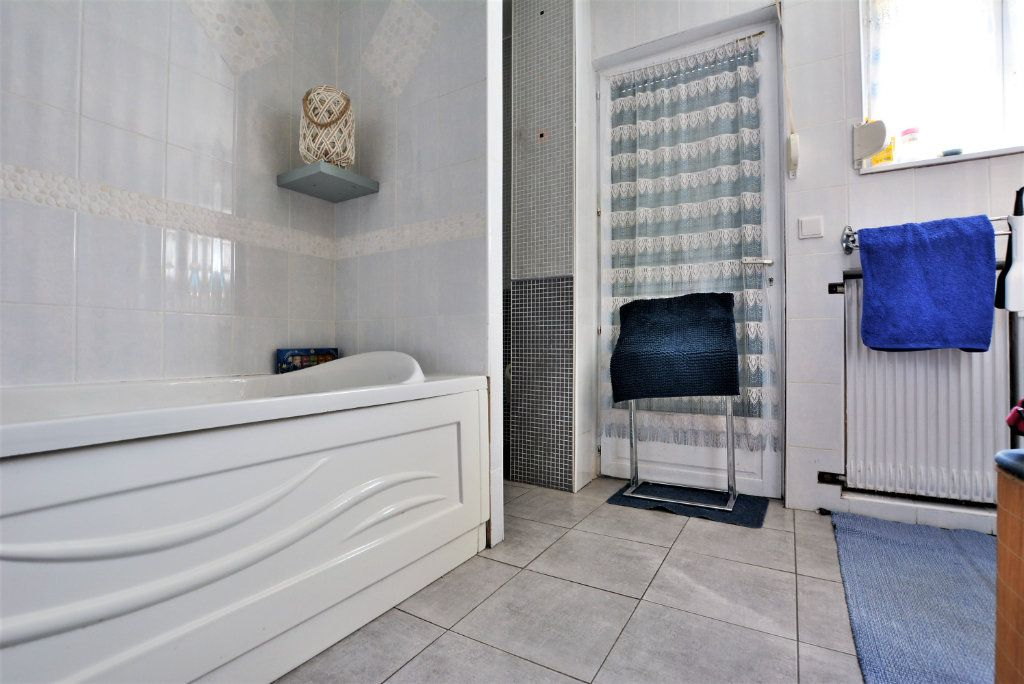 Maison à vendre 7 140m2 à Rue vignette-8