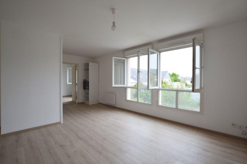 Appartement à louer 2 47.6m2 à Abbeville vignette-2