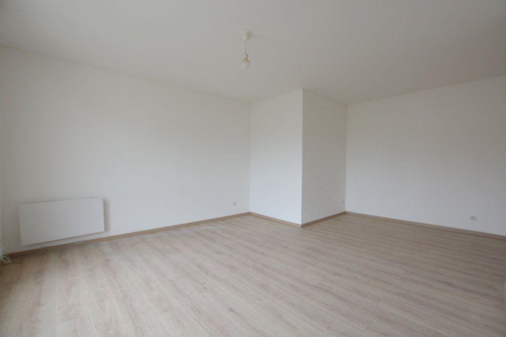 Appartement à louer 2 47.6m2 à Abbeville vignette-3