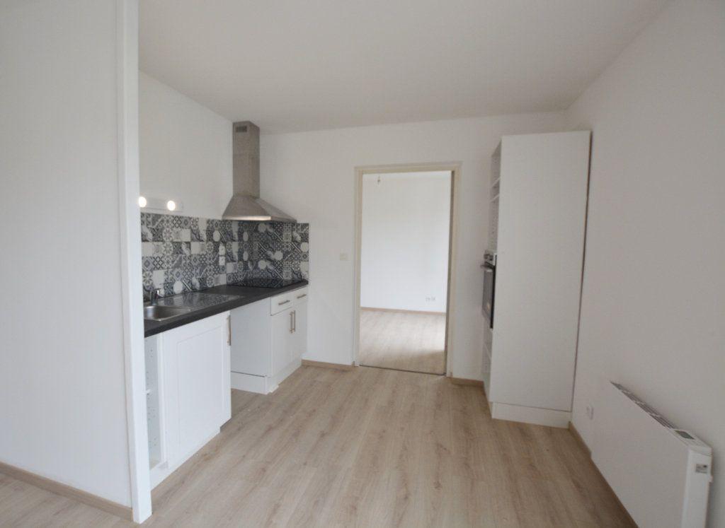 Appartement à louer 2 47.6m2 à Abbeville vignette-5
