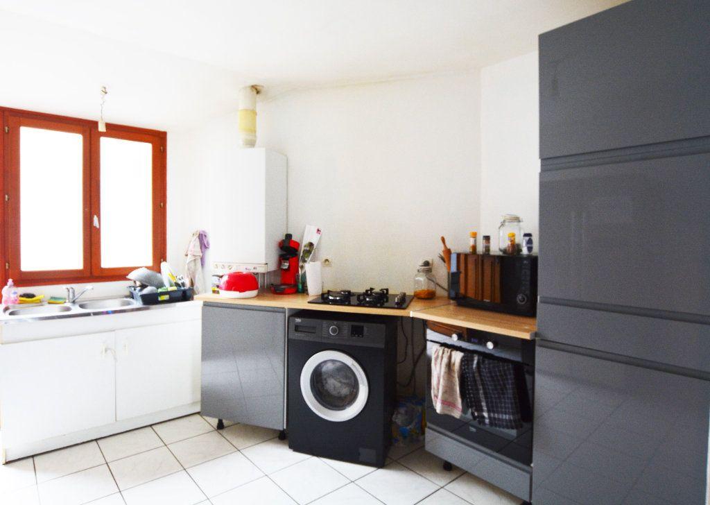 Maison à louer 3 65.1m2 à Beauchamps vignette-2