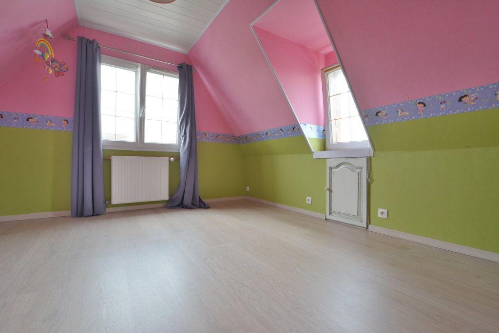 Maison à vendre 5 126.35m2 à Rue vignette-6