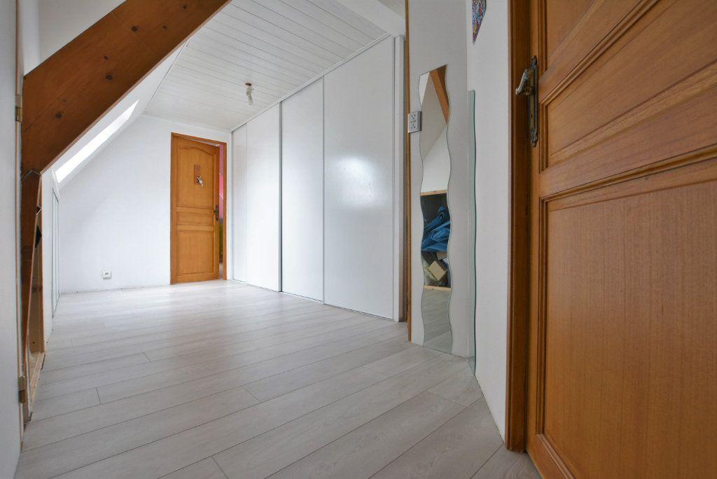 Maison à vendre 5 126.35m2 à Rue vignette-7
