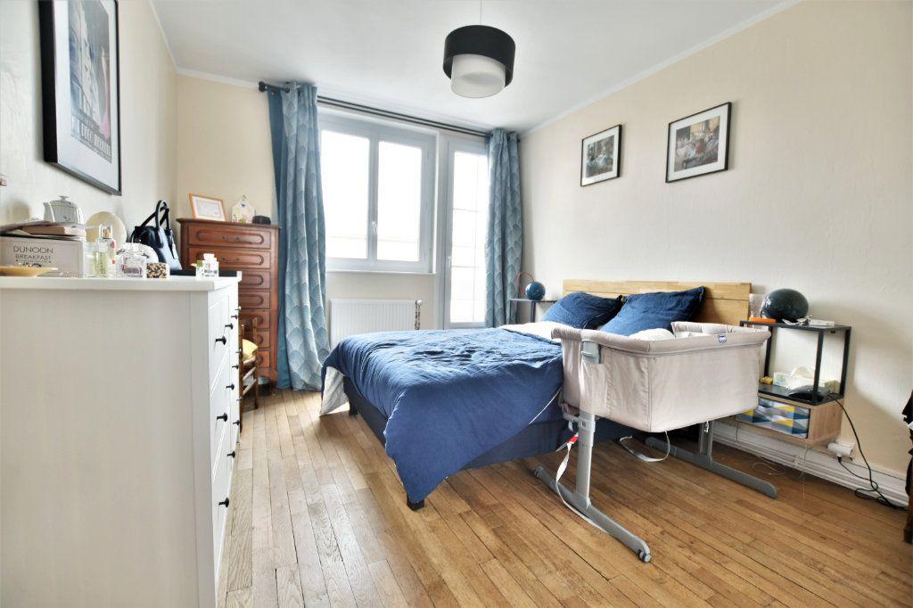 Appartement à louer 3 64.31m2 à Abbeville vignette-3