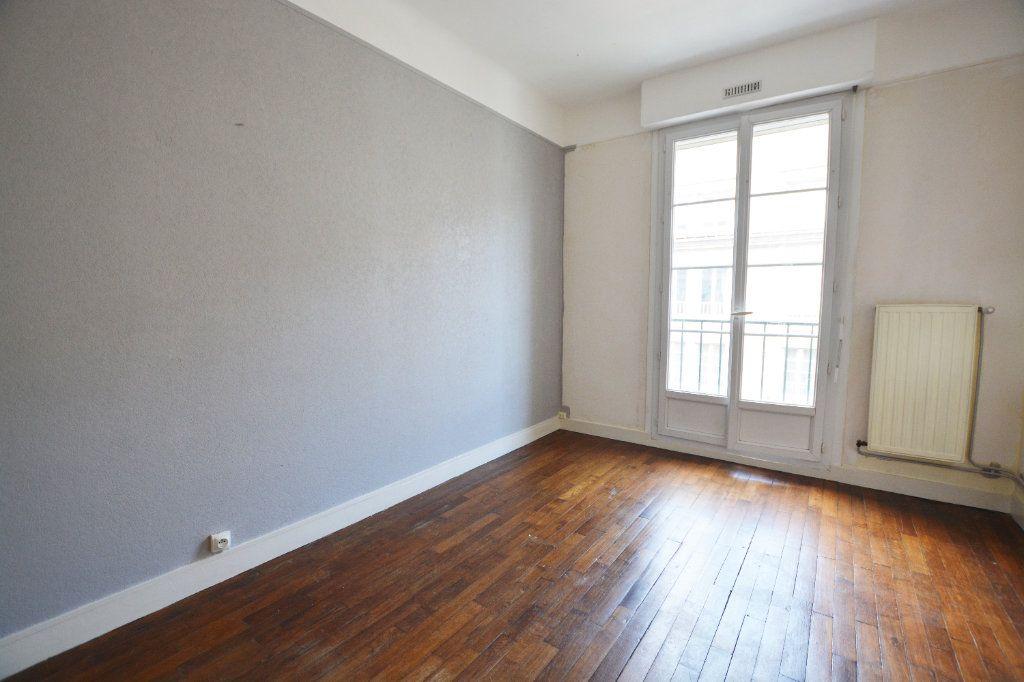 Appartement à louer 3 58.3m2 à Abbeville vignette-2