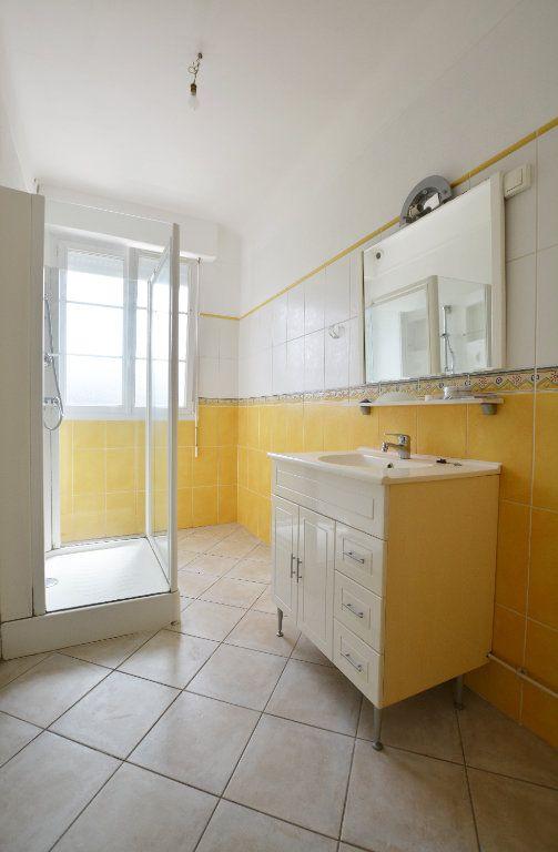 Appartement à louer 3 58.3m2 à Abbeville vignette-4