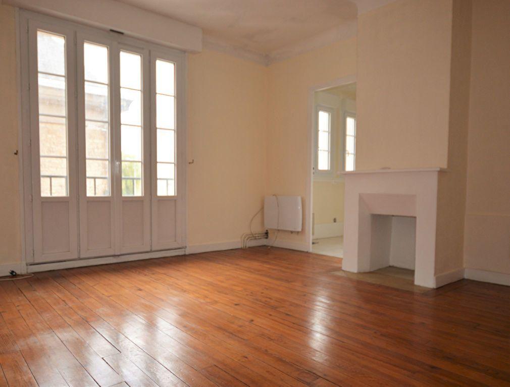 Appartement à louer 1 28.35m2 à Abbeville vignette-1