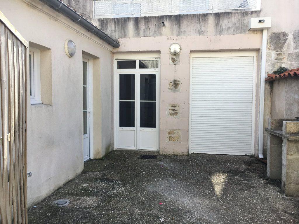 Maison à louer 3 81.2m2 à Rochefort vignette-2