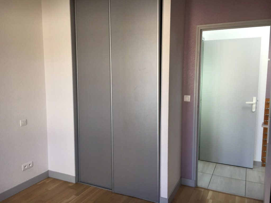 Maison à louer 3 81.2m2 à Rochefort vignette-6