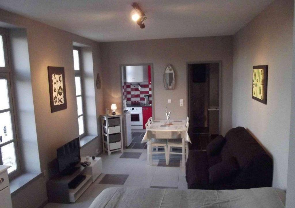 Appartement à vendre 1 25m2 à Rochefort vignette-1